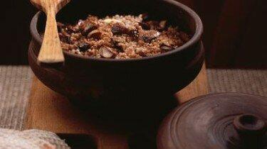 как приготовить гречку с мясом в горшочке